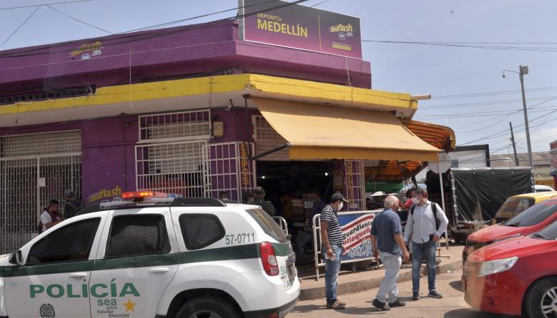 Violento atraco aviva el temor en comerciantes de Barranquillita