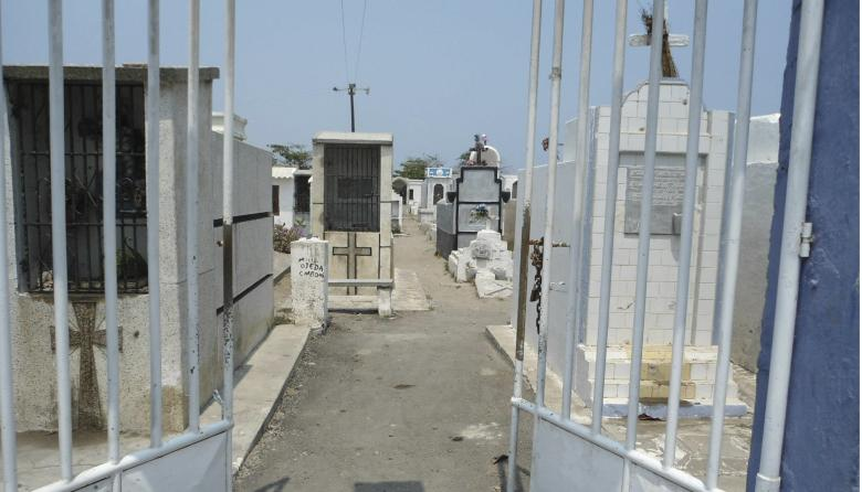 Cementerio de Tasajera está a punto de colapsar