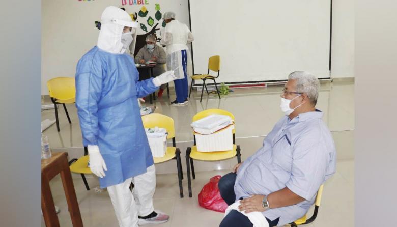 Masiva concurrencia a realizarse pruebas de COVID-19 en Tolú