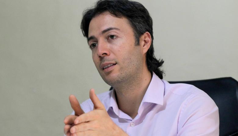 Alcalde de Medellín pide apoyo médico a Cuba para frenar COVID