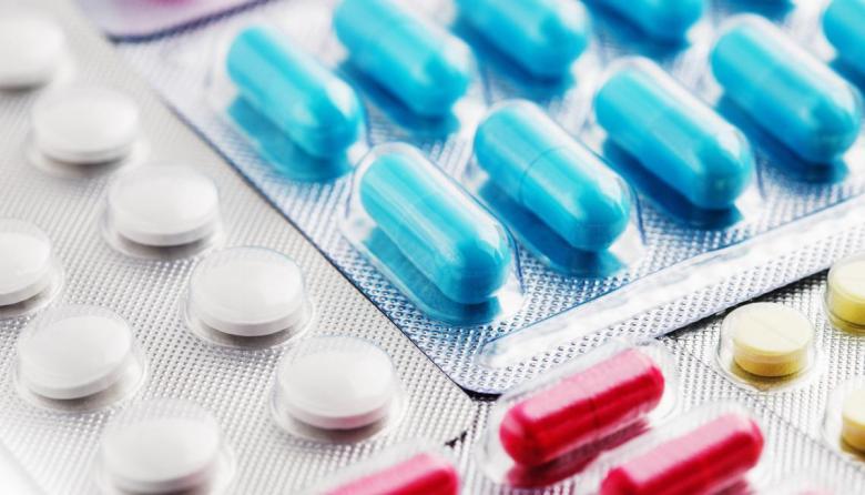Es peligroso usar 'cócteles' de medicamentos para 'tratar' el Covid-19