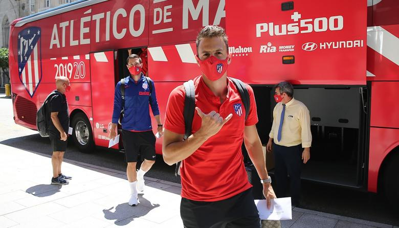 Santiago Arias no ha podido empezar los trabajos de pretemporada con el Atlético de Madrid.