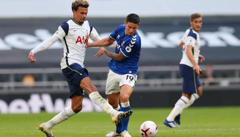 El Everton, con un gran James, sorprende al Tottenham de Mourinho