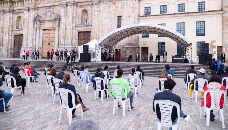 """""""No los olviden"""": familia de víctimas piden justicia"""