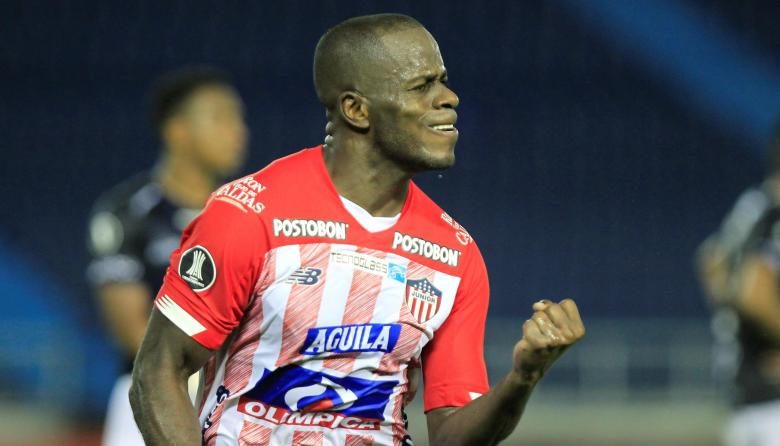Primer triplete de un juniorista en la Copa Libertadores