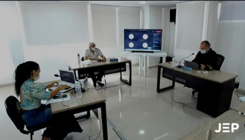 Joaquín Gómez reconoció que sí hubo reclutamiento de menores en las Farc