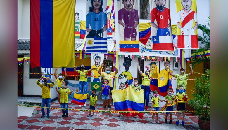 Por partido de Colombia, 1.600 policías custodian Barranquilla