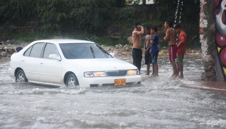 CRA y Alcaldía de Soledad alertan sobre fuertes lluvias para este fin de semana