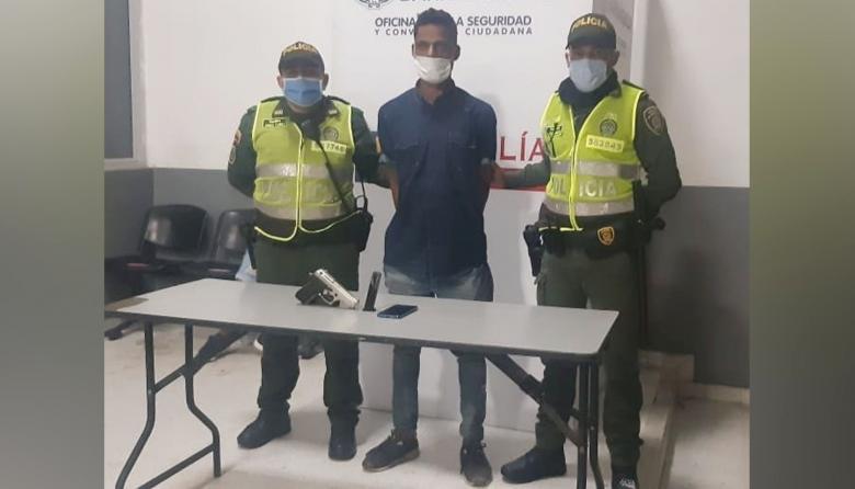 Policía lo captura tras atraco en Las Delicias