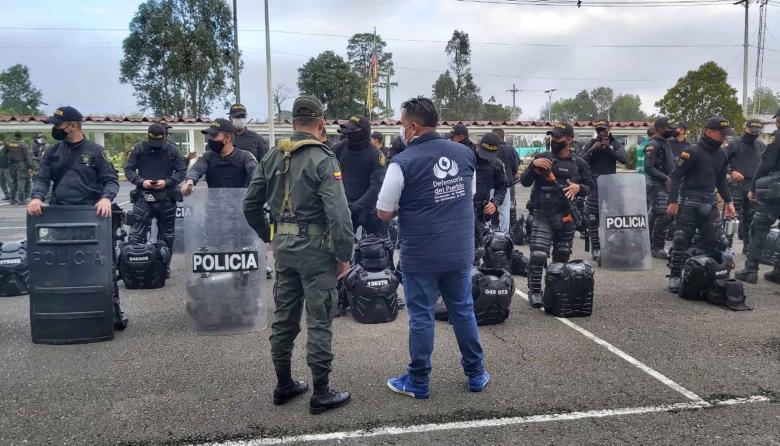 Defensoría verificará implementos del Esmad durante paro nacional