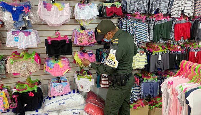 Policía Fiscal y Aduanera aprehende más mercancía de contrabando