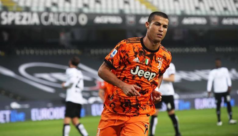 Cristiano Ronaldo se perdió cuatro partido por dar positivo a la Covid-19.