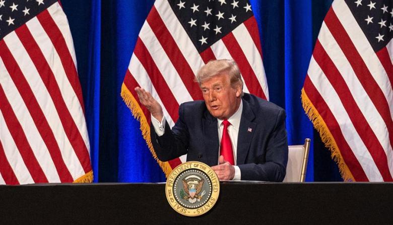 """Trump dice que Biden """"no debería"""" declararse ganador porque siguen demandas"""