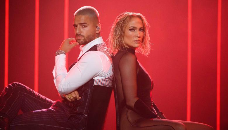 Los American Music Awards se rindieron ante el talento latino