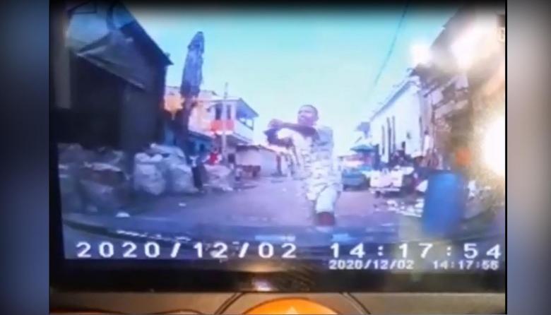 En video   Presunto atracador fue asesinado a bala en Rebolo