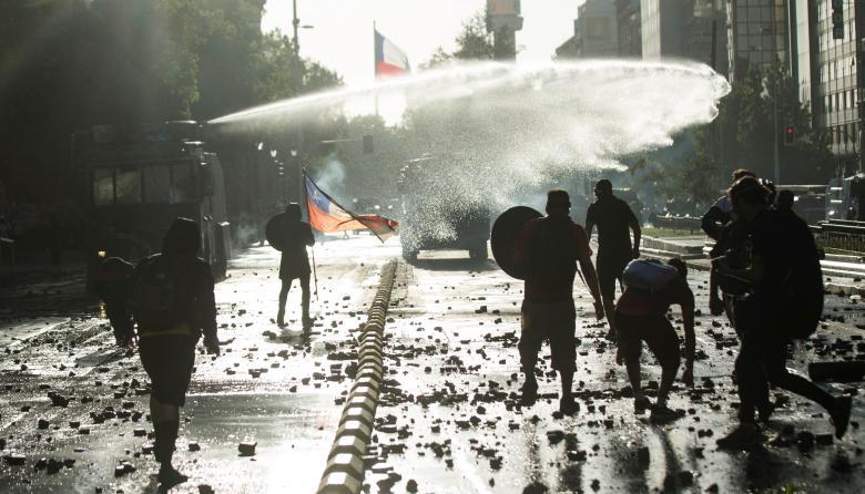 Nueva jornada de protestas en Chile que exigen la renuncia de Piñera