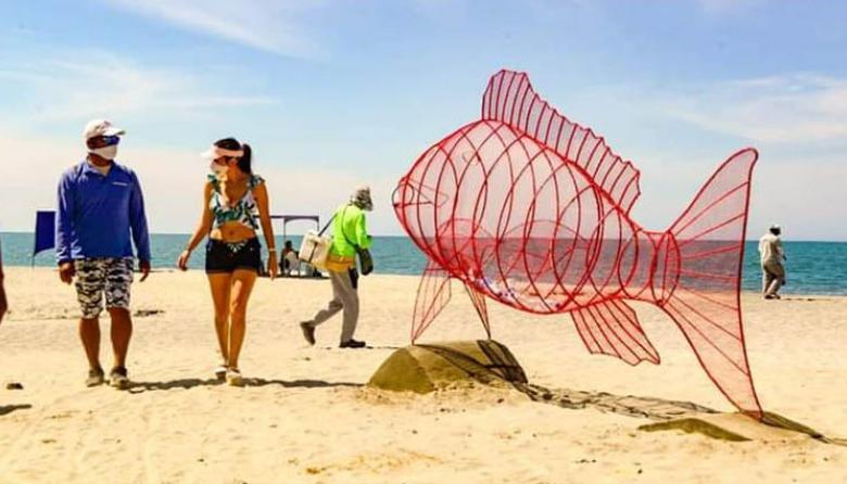 Arte y reciclaje se toman playa de Bello Horizonte, en Santa Marta
