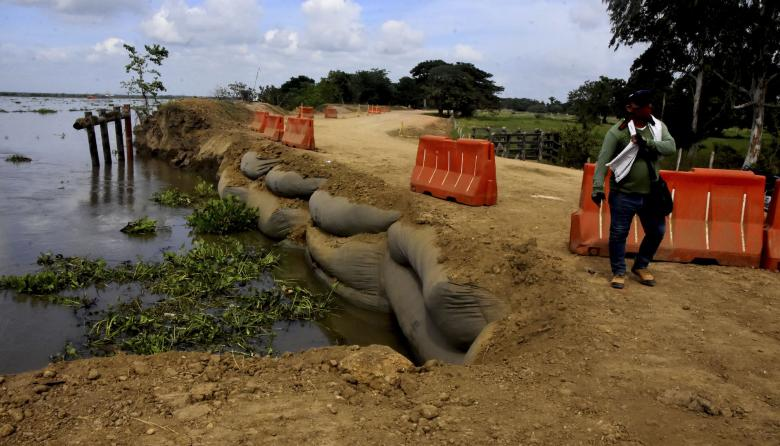 Erosión en ribera del río Magdalena incomunica Salamina con Atlántico