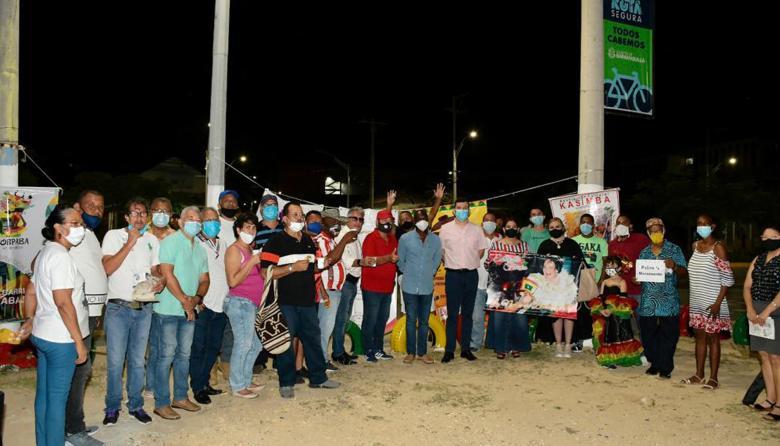 Barrio Abajo celebró los 101 años de Esthercita Forero
