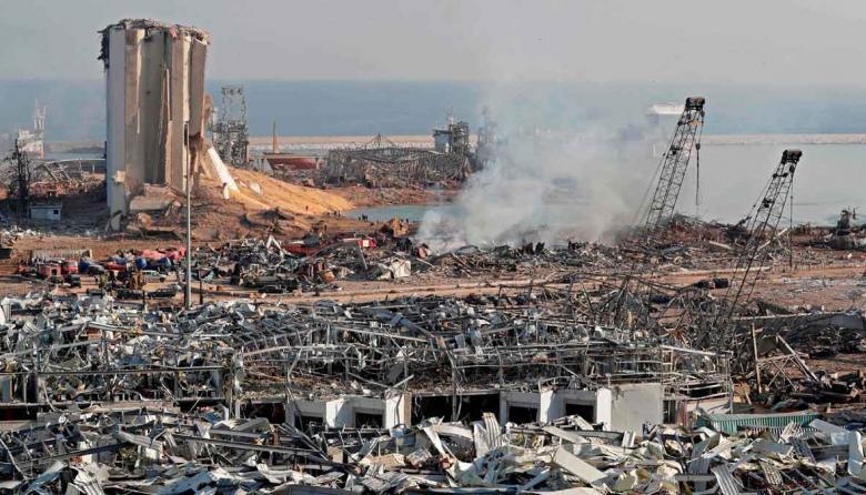 Imputan al primer ministro y 3 exministros por explosión de puerto de Beirut