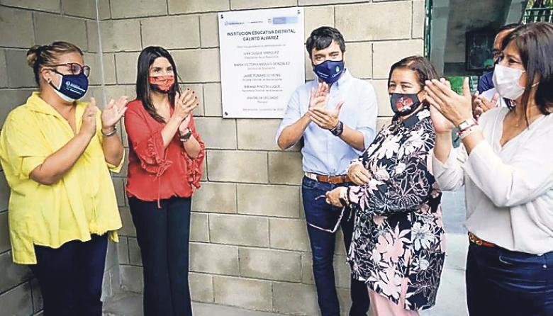 La ministra de Educación y el alcalde de Barranquilla pusieron al servicio de 800 estudiantes las obras de la institución educativa Calixto Álvarez.