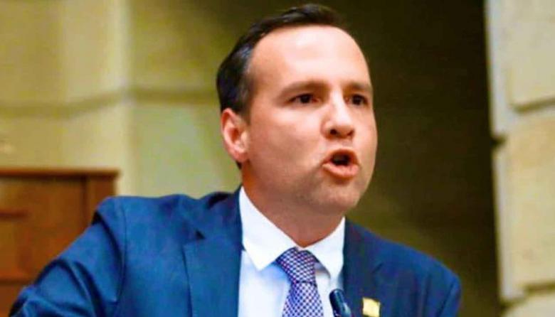 Congresista sucreño impulsa la economía azul