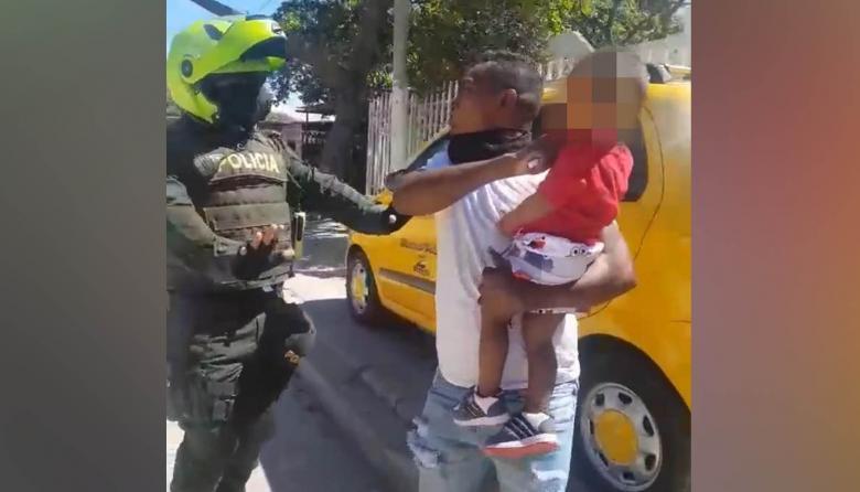 A la cárcel hombre que hirió con un bisturí a su hijo de 2 años