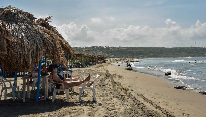 Turistas en las playas del departamento del Atlántico.
