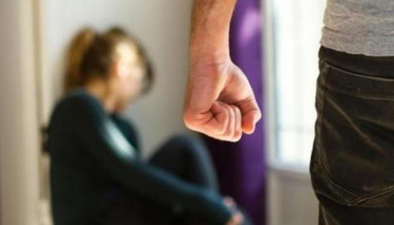 Mujeres y niños, víctimas de la infamia