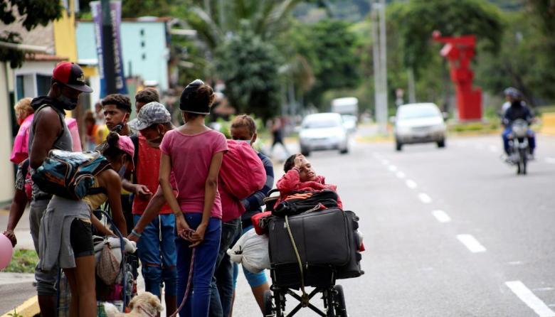 Conseguir comida es difícil para el 85 % de hogares venezolanos en Colombia