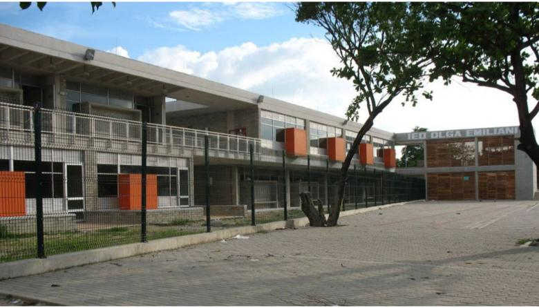 Fachada del Colegio Distrital Olga Emiliani.