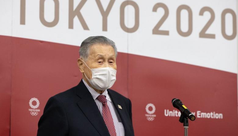 Presidente de Tokio 2020 se disculpa públicamente por comentarios sexistas
