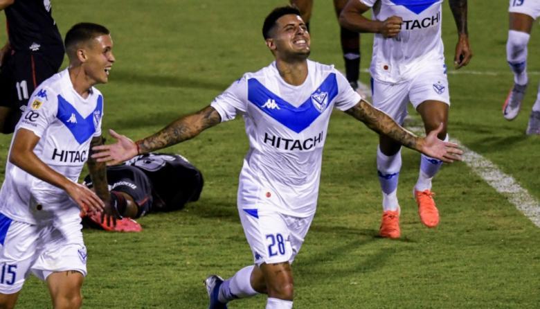 Vélez Sarsfield aparta del equipo a dos jugadores imputados por abuso sexual