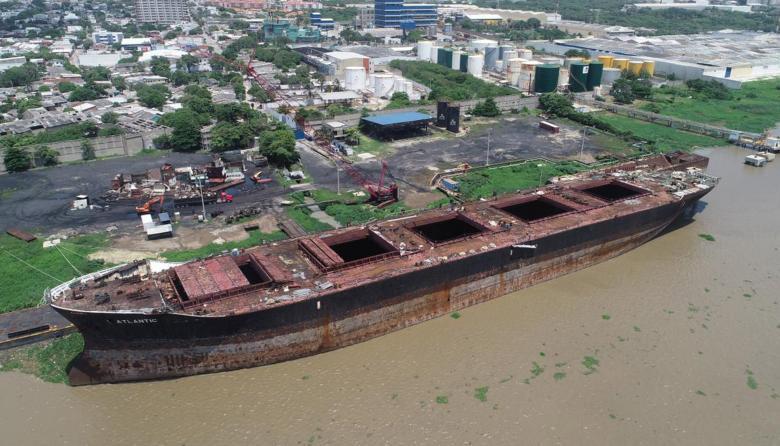 Buque del Gran Malecón del Río será desguazado