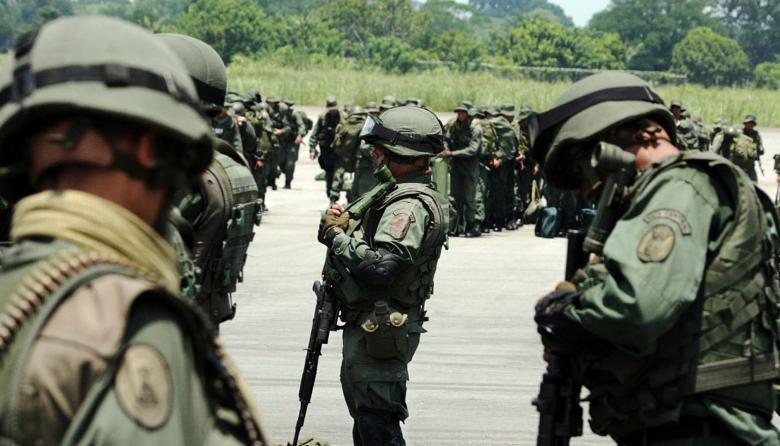 Guaidó culpa a Maduro de la muerte de 4 militares en los combates fronterizos