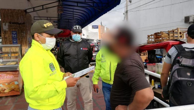 Capturan a Dj por abusar de sus dos hijastras en Barranquilla