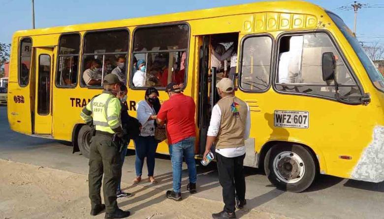Horarios de buses en Barranquilla para los toques de queda continuos