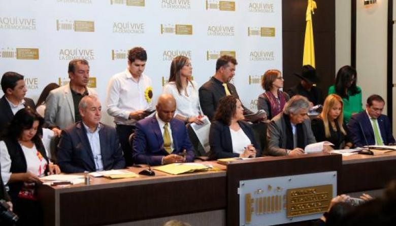 Alianza Verde planteará reforma tributaria alternativa