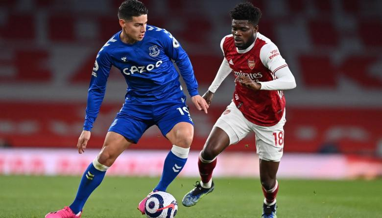 Everton vence 1-0 al Arsenal con James Rodríguez y Yerry Mina