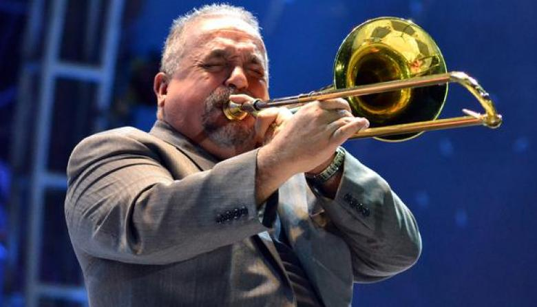 "Willie Colón prevé ""largo camino"" a la recuperación"