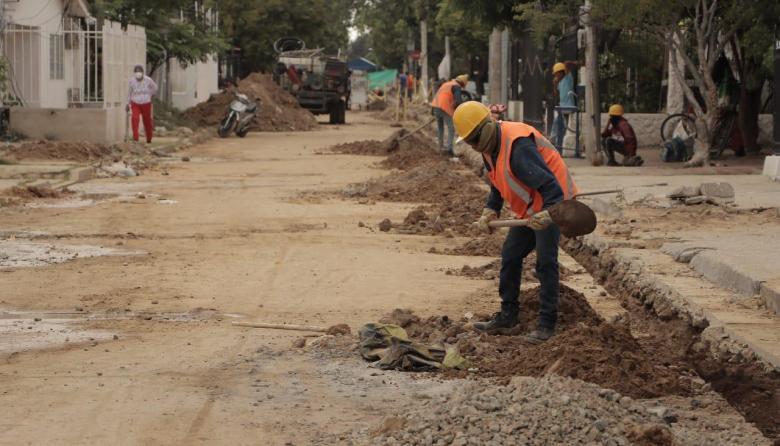 Más de $13 mil millones se invierten en redes de acueducto de Riohacha