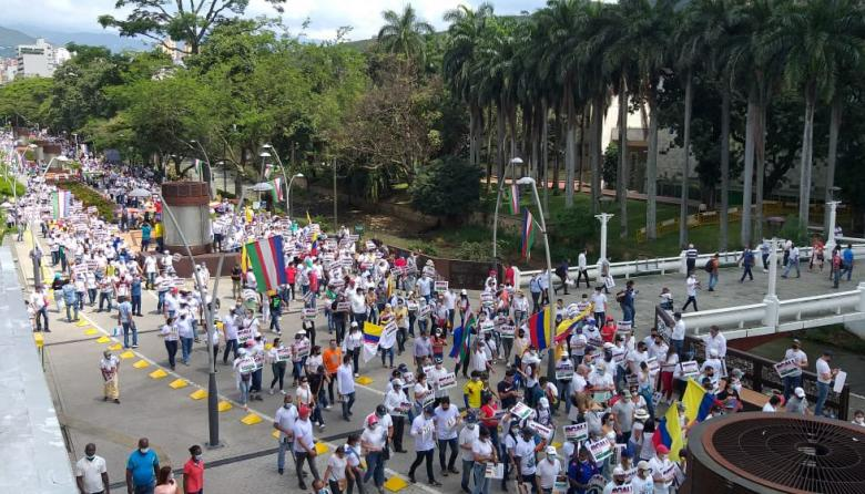 Masiva asistencia a Marcha del silencio en Cali