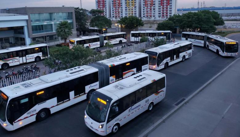 Transmetro suspende este martes operación sus de rutas