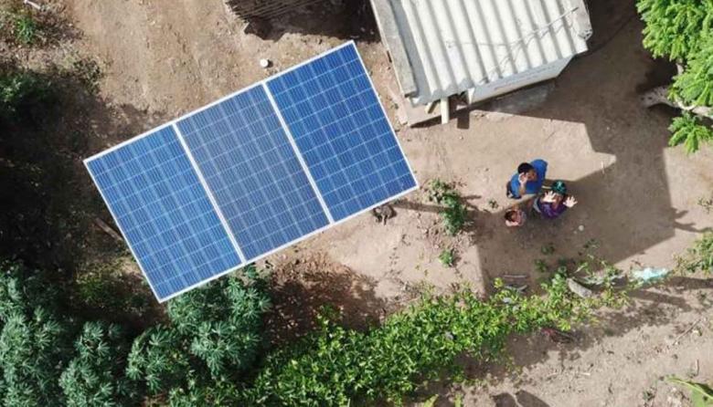 Millonaria inversión para llevar energía eléctrica a zonas apartadas del país