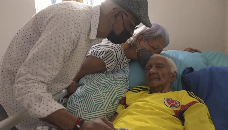 La mujer de 100 años que venció al covid en su casa