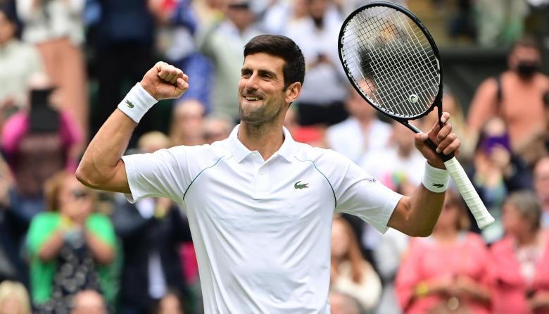 Novak Djokovic sigue en gran forma en Wimbledon