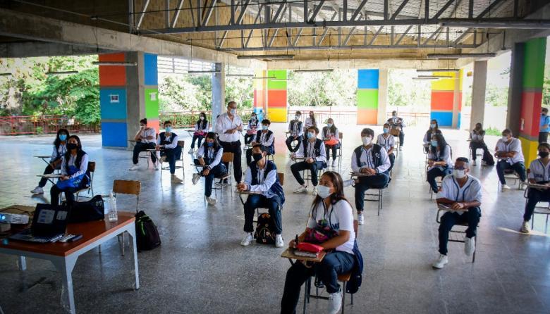 Con obras de mejoramiento se preparan 37 colegios de Atlántico