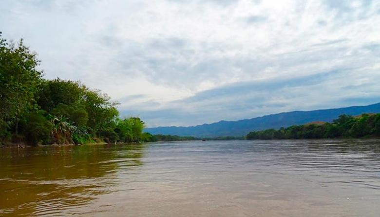 Buscan a adolescente desaparecido en el río Magdalena