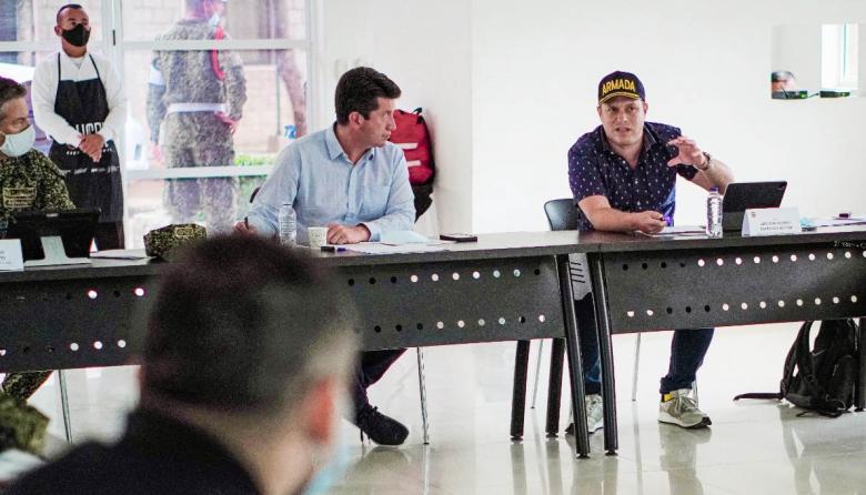 Mindefensa y Gobernador de Sucre presidieron reunión de seguridad