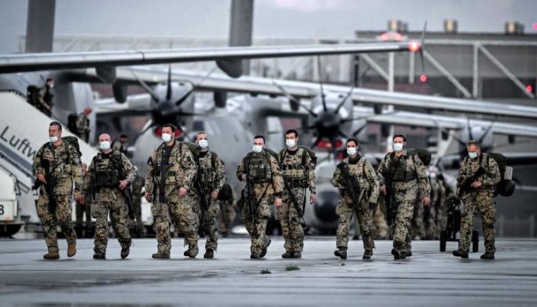 EE. UU. empieza a retirar las tropas que quedaban en el aeropuerto de Kabul